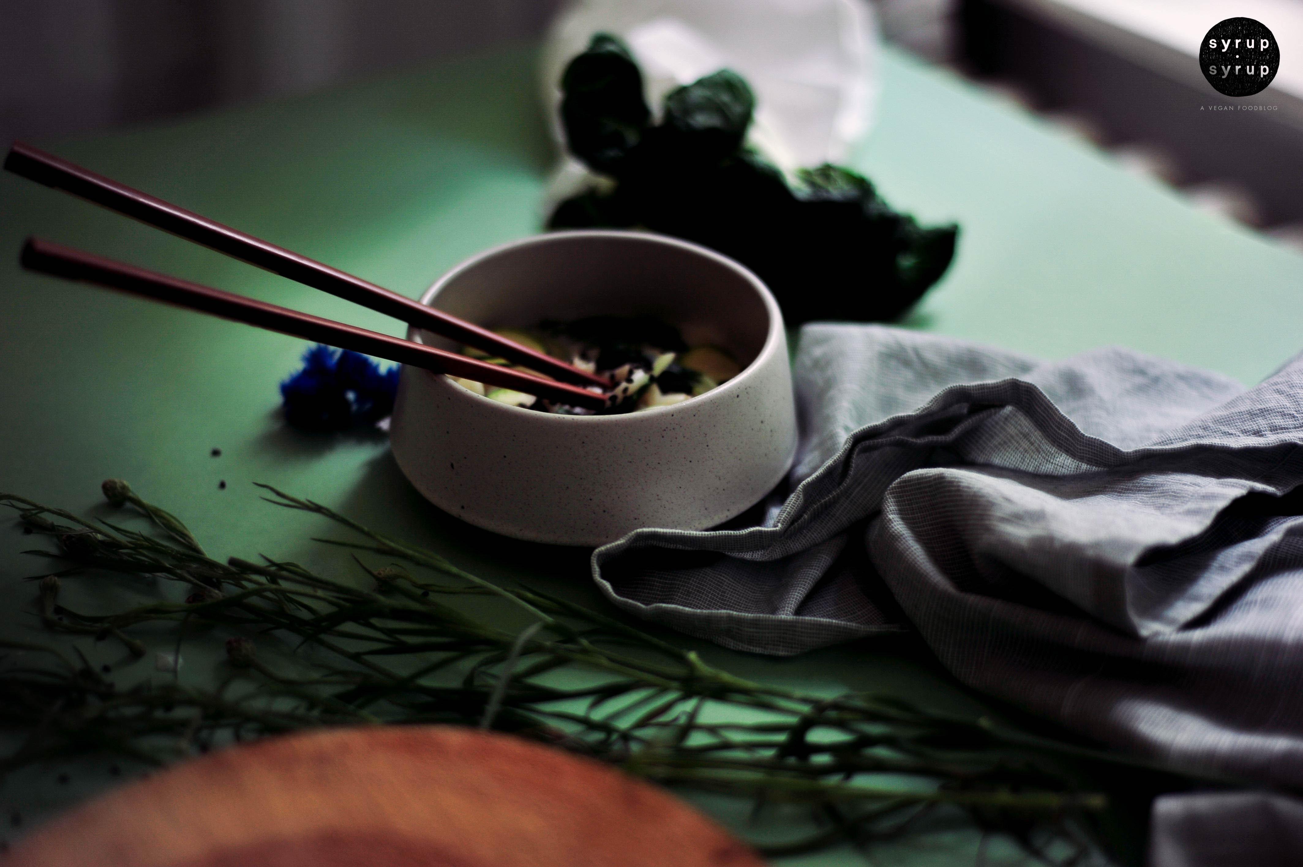 schnelle vegane suppe 03 - Asiatische Gemüsesuppe mit Udon