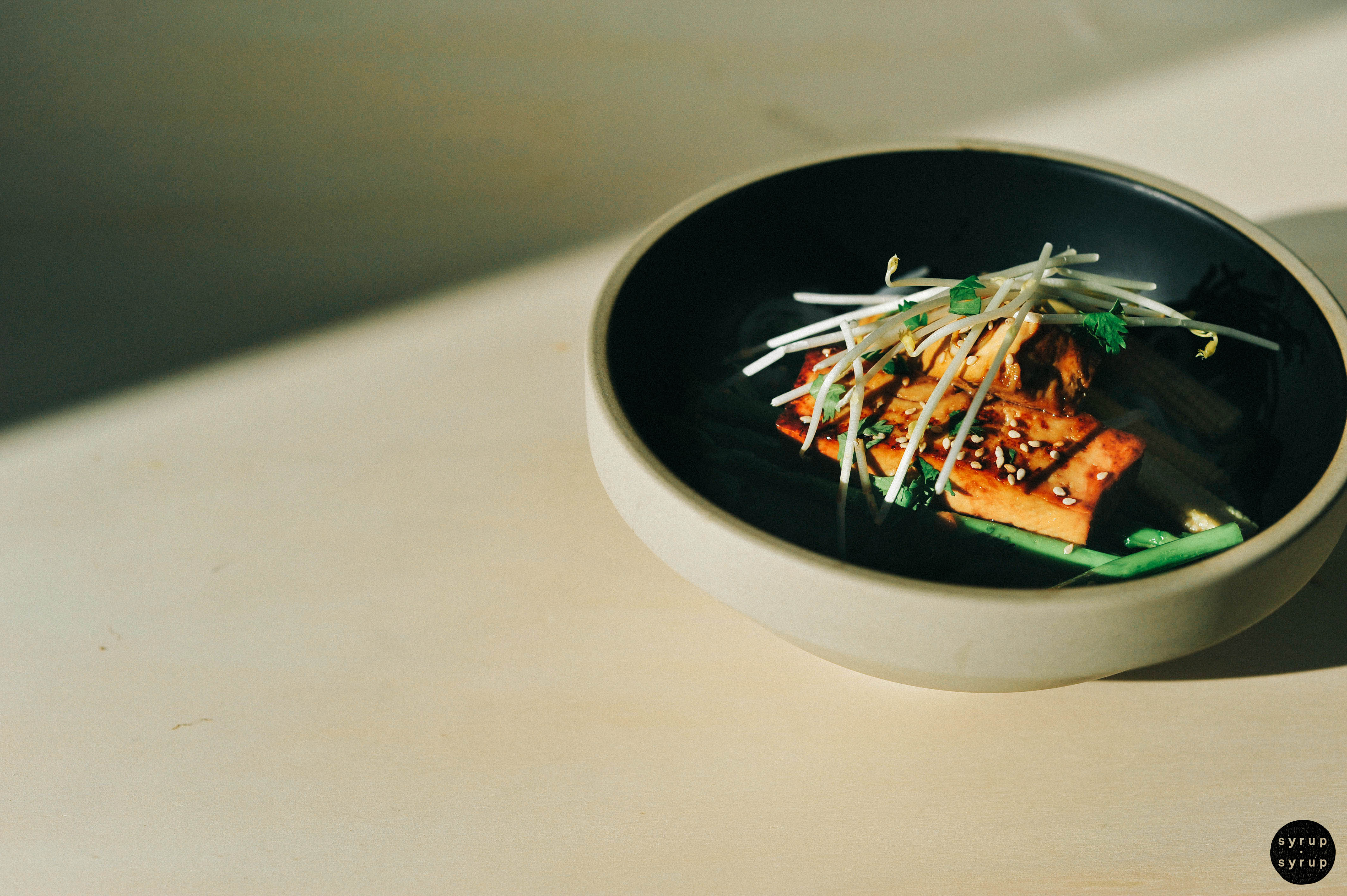 vegane asia pfanne 03 final - Konjak-Nudeln mit Teriyakitofu und Gemüse