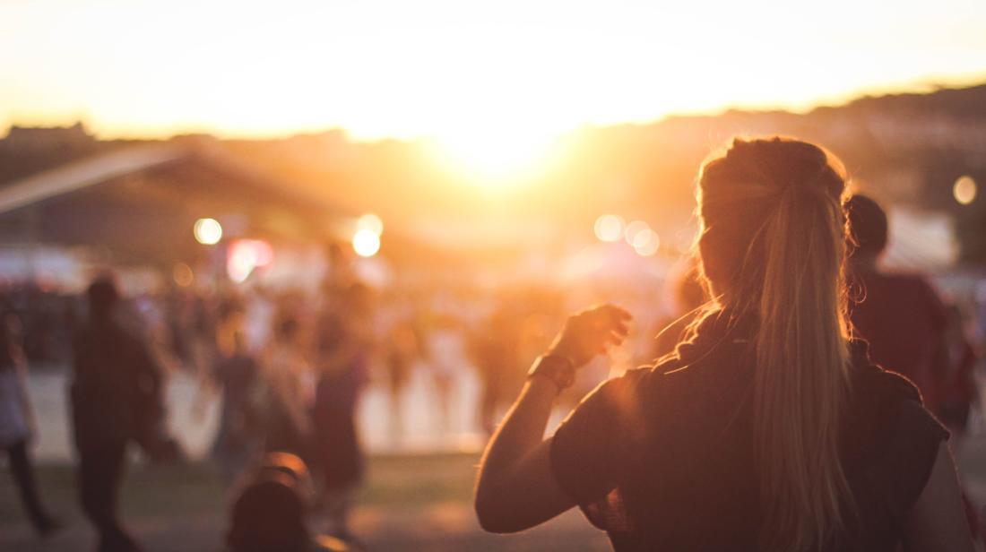 maxime bhm 110036 unsplash 1100x616 - Vegan aufs Festival