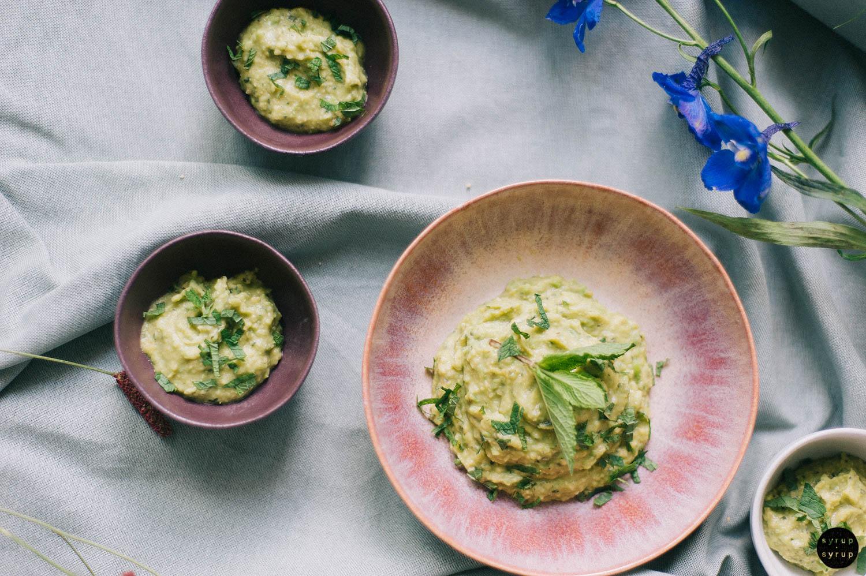 veganer erbesenhummus 03 - Hummus mit Erbsen und Minze