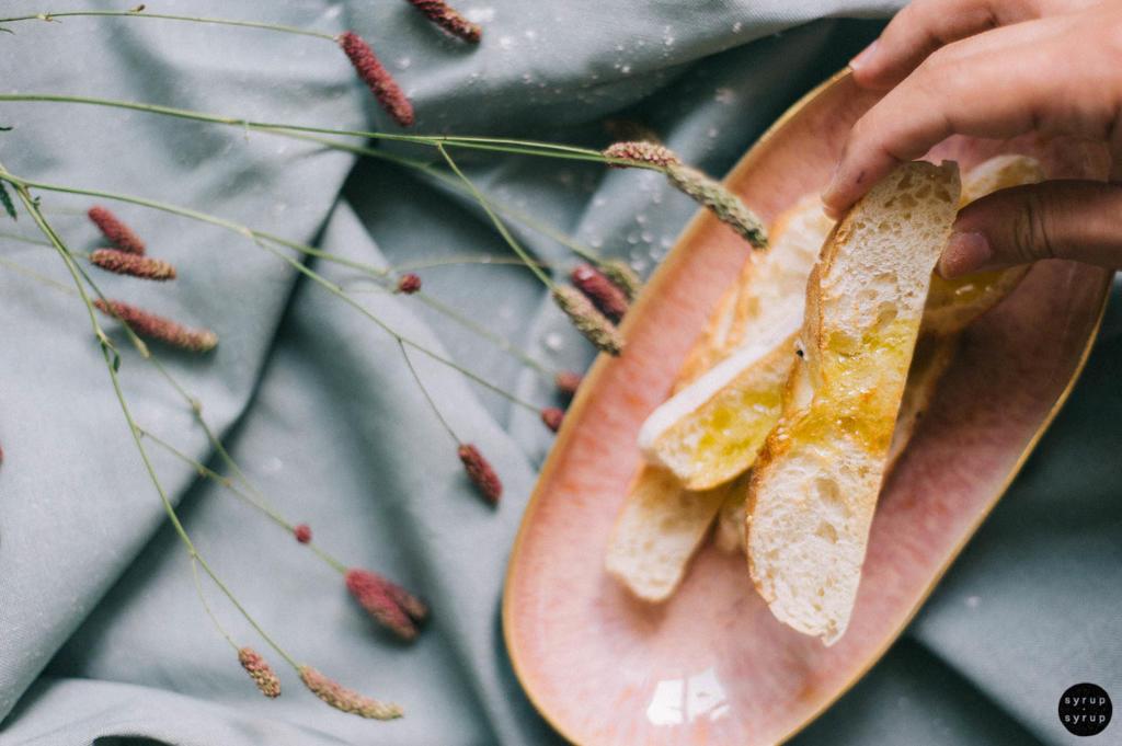 veganer erbesenhummus 05 1024x681 - Hummus mit Erbsen und Minze